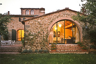 gaiole tuscany farmhouse 2
