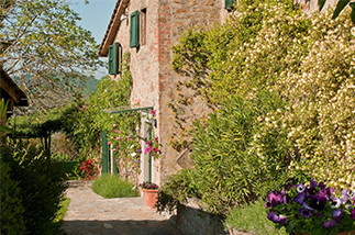 gaiole tuscany farmhouse 9